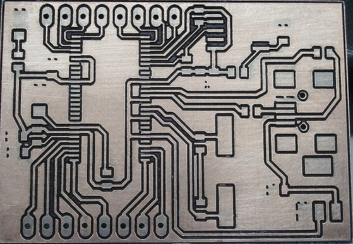 annalogic_etched-pcb-cleaned2.jpg